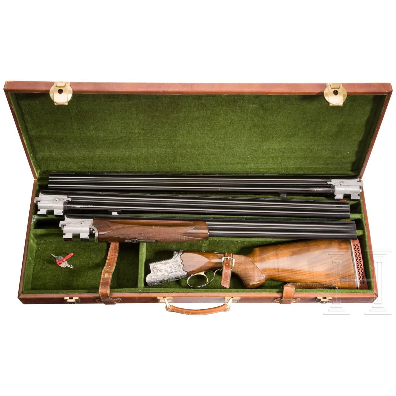 Bockdoppelflinte I. A. B./Hege mit zwei Bockdoppelflinten-Wechselläufen, im Koffer