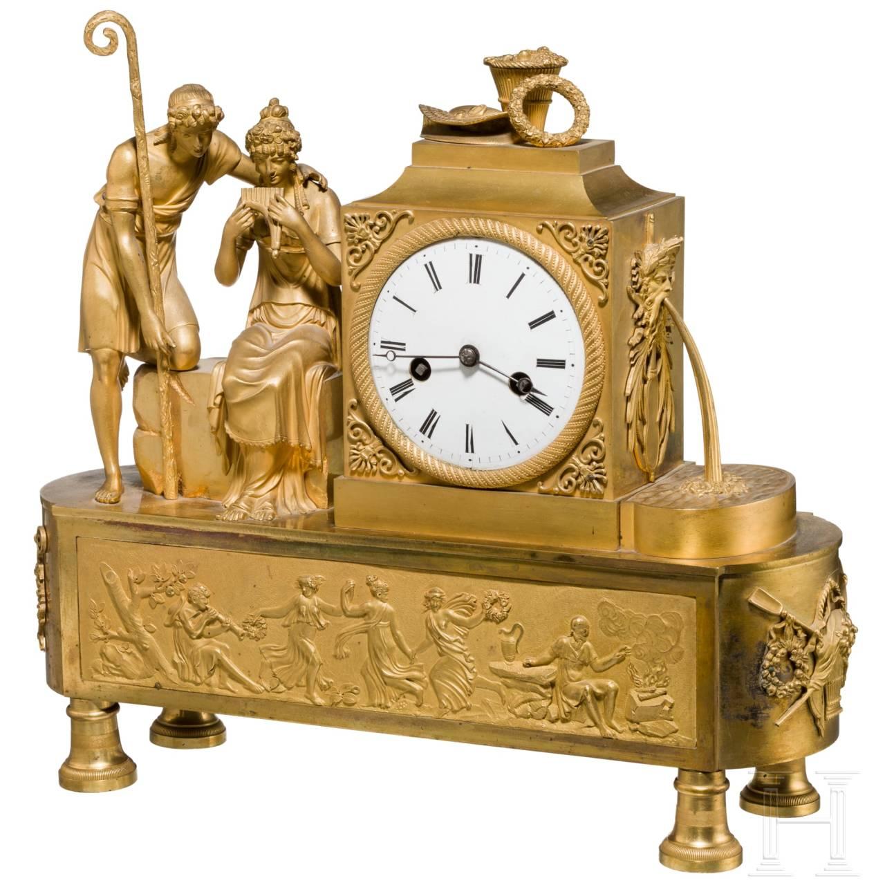 Feuervergoldete Empire-Pendule, Frankreich, um 1810