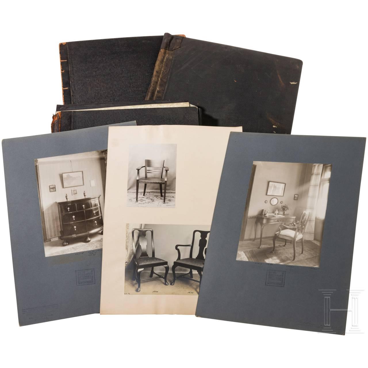 Kunstgewerbliche Werkstätte Otto Fritzsche, drei Fotomappen mit Möbeln und Inneneinrichtung, München, um 1900 bis 1930