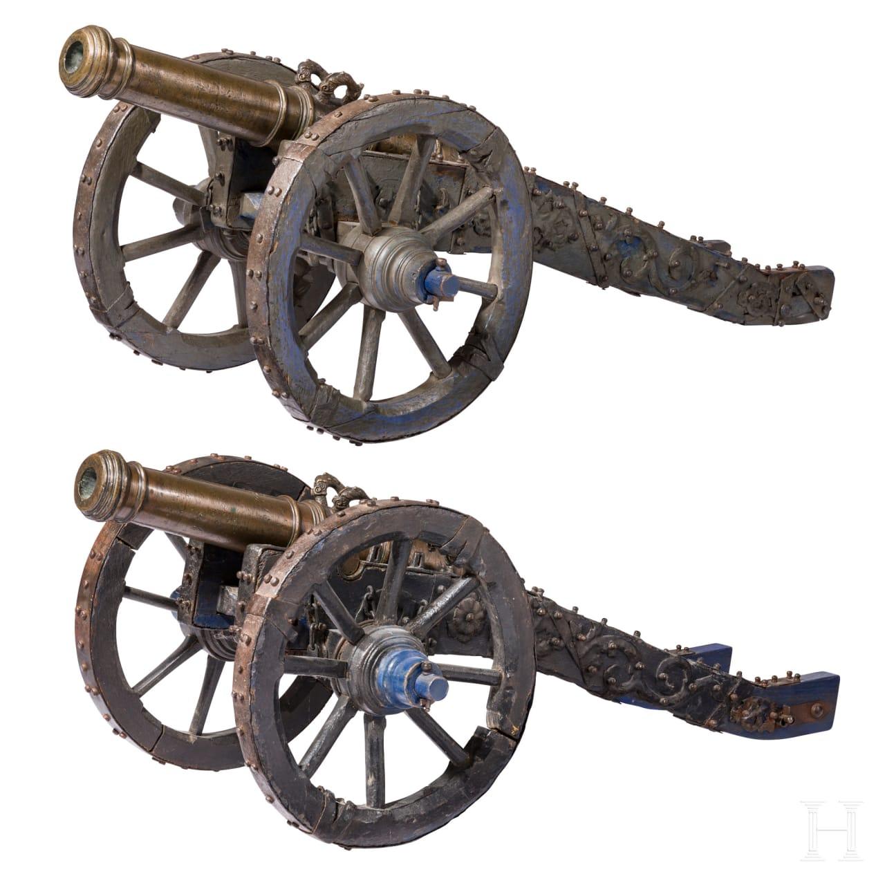 Ein Paar kleine Geschütze aus adeligem Besitz, deutsch, datiert 1707