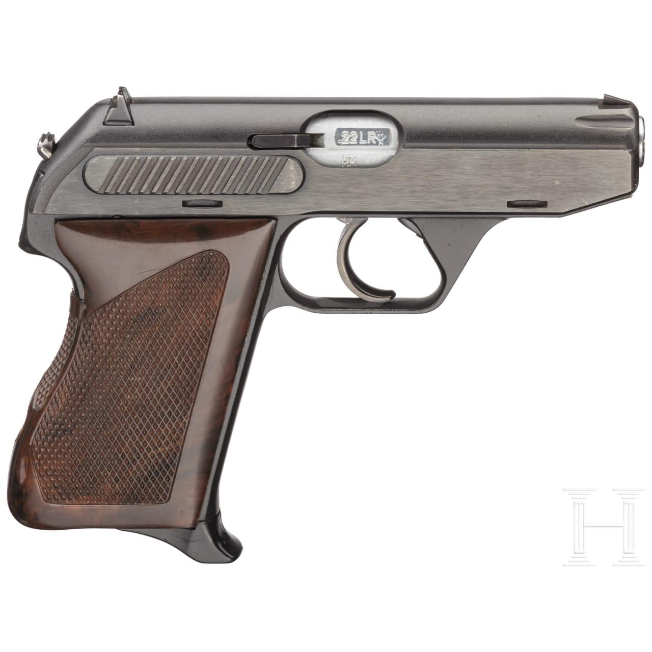 A cased Heckler & Koch M HK 4