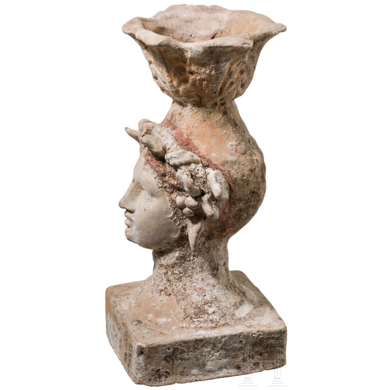 Weihrauchgefäß in Form eines Frauenkopfes, Canosa, Unteritalien, 3. Jhdt. v. Chr.
