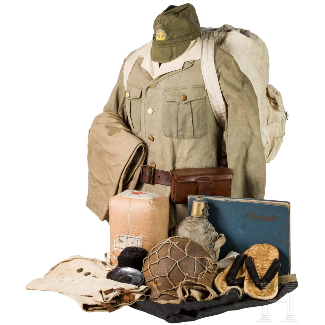 Uniform- und Ausrüstungsensemble eines Soldaten der Marineinfanterie im 2. Weltkrieg