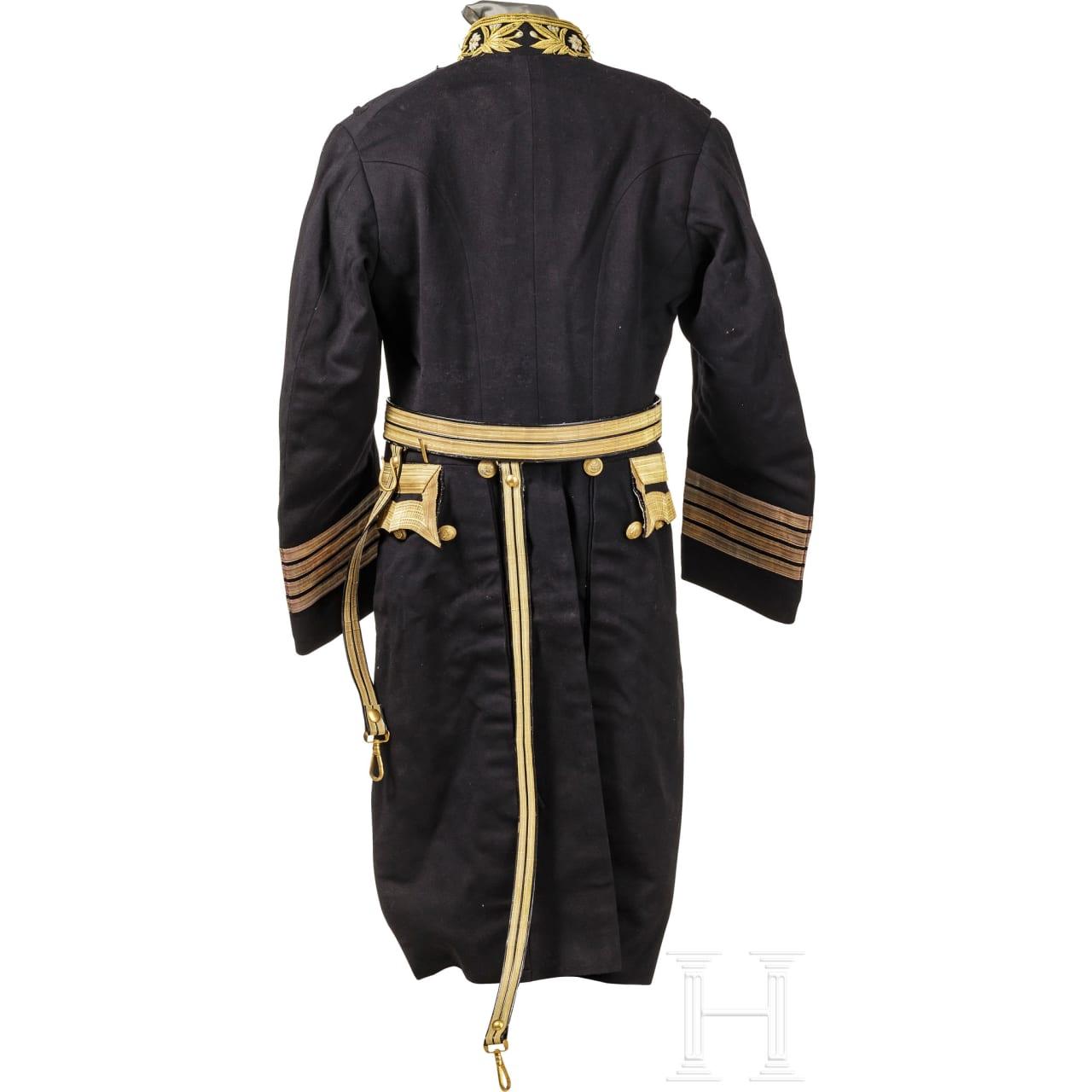 Uniformensemble eines Kapitäns der Kaiserlich Japanischen Marine im 2. Weltkrieg