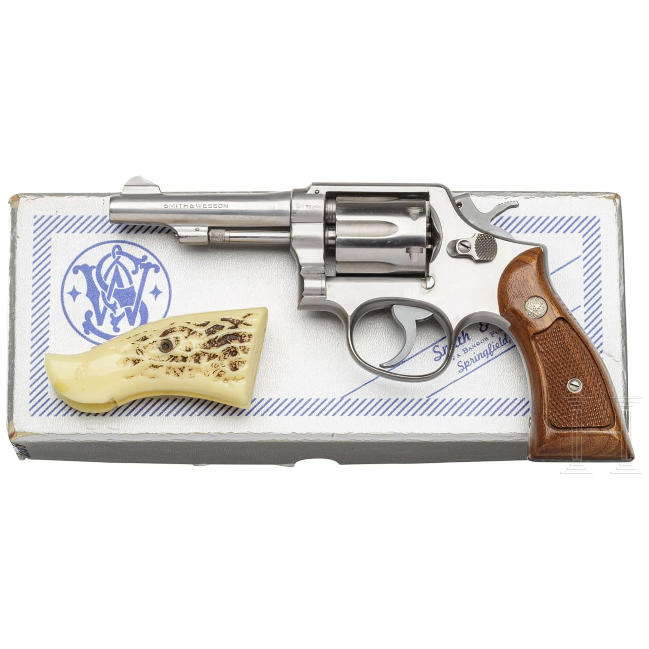"Smith & Wesson Mod. 64, ""The .38 M & P Stainless"", im Karton"