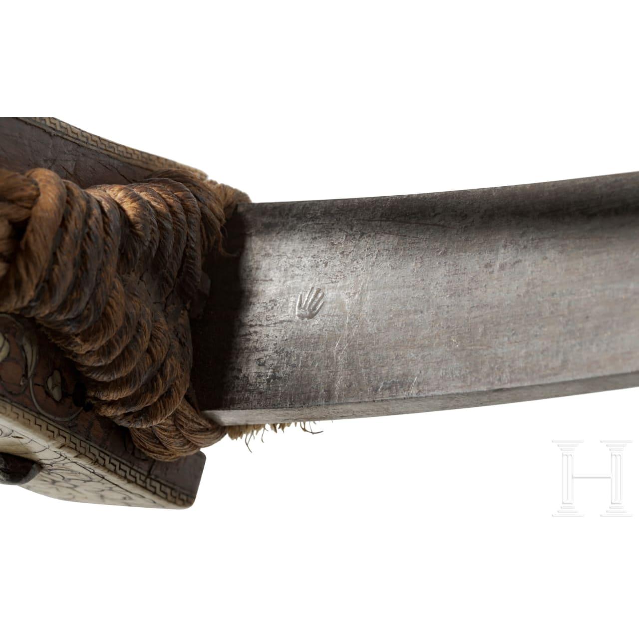 Reich verbeinte Renaissance-Armbrust mit jagdlichem Dekor, süddeutsch, um 1600/20