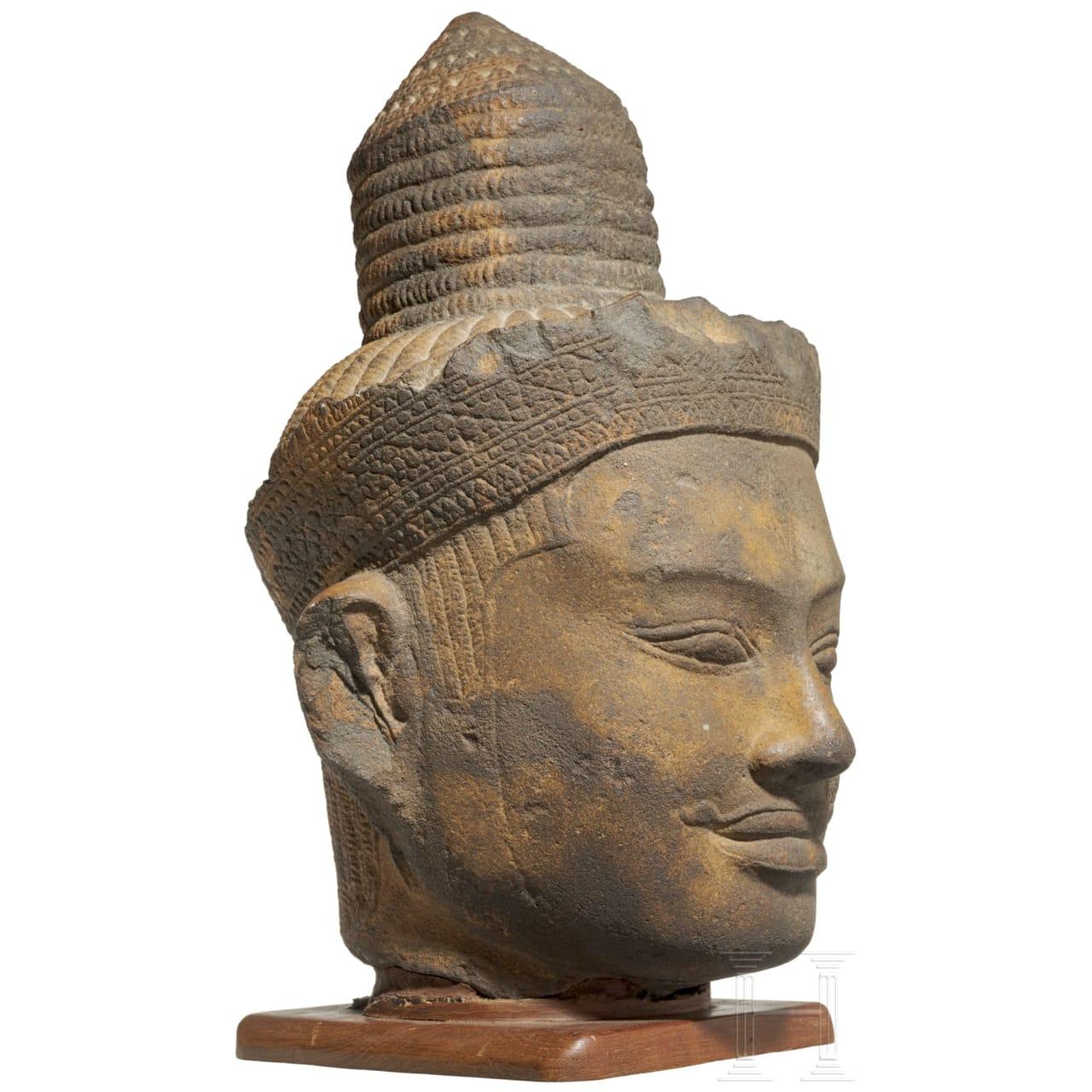 A Cambodian stone head of Shiva, Khmer culture, 11th/12th century