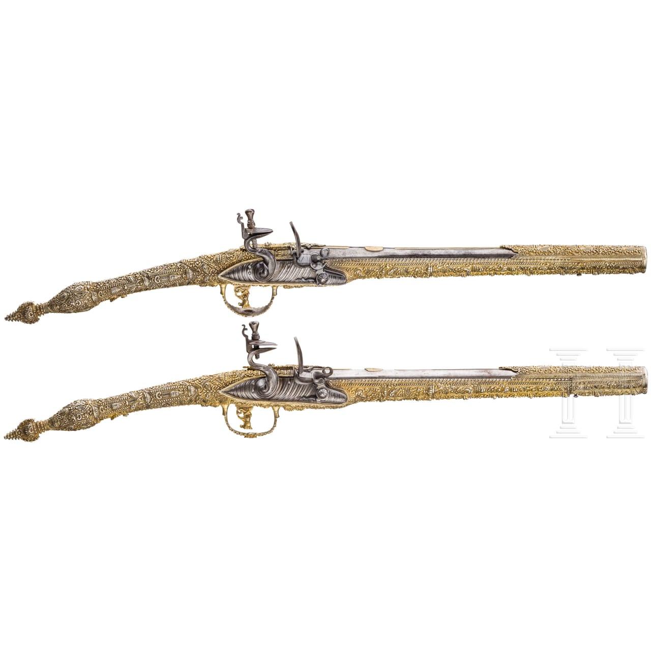 Ein Paar silbermontierte und vergoldete, lange Steinschlosspistolen, Griechenland, Ionien, 19. Jhdt.