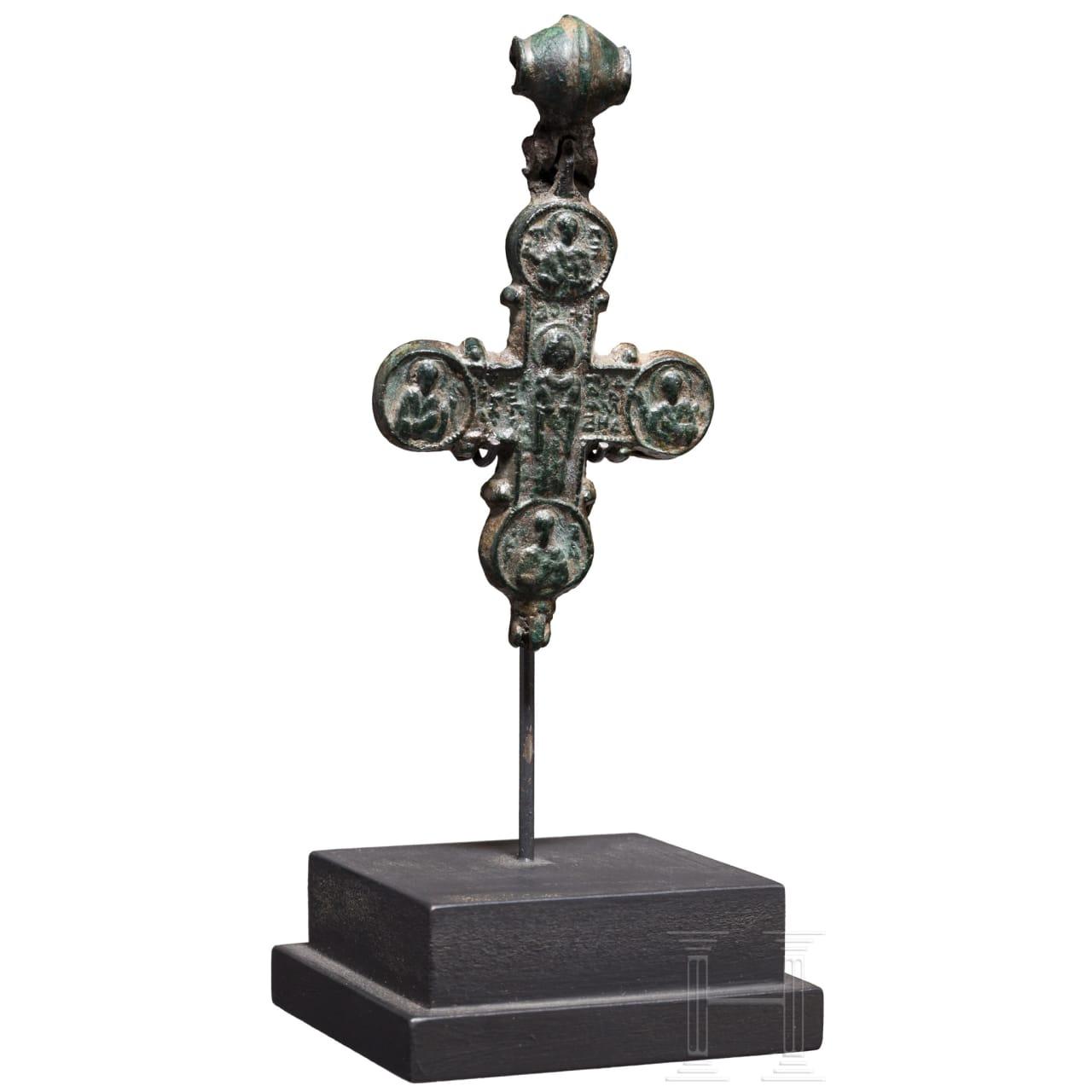 Enkolpion aus Bronze, mittelbyzantinisch, 11. - 12. Jhdt.