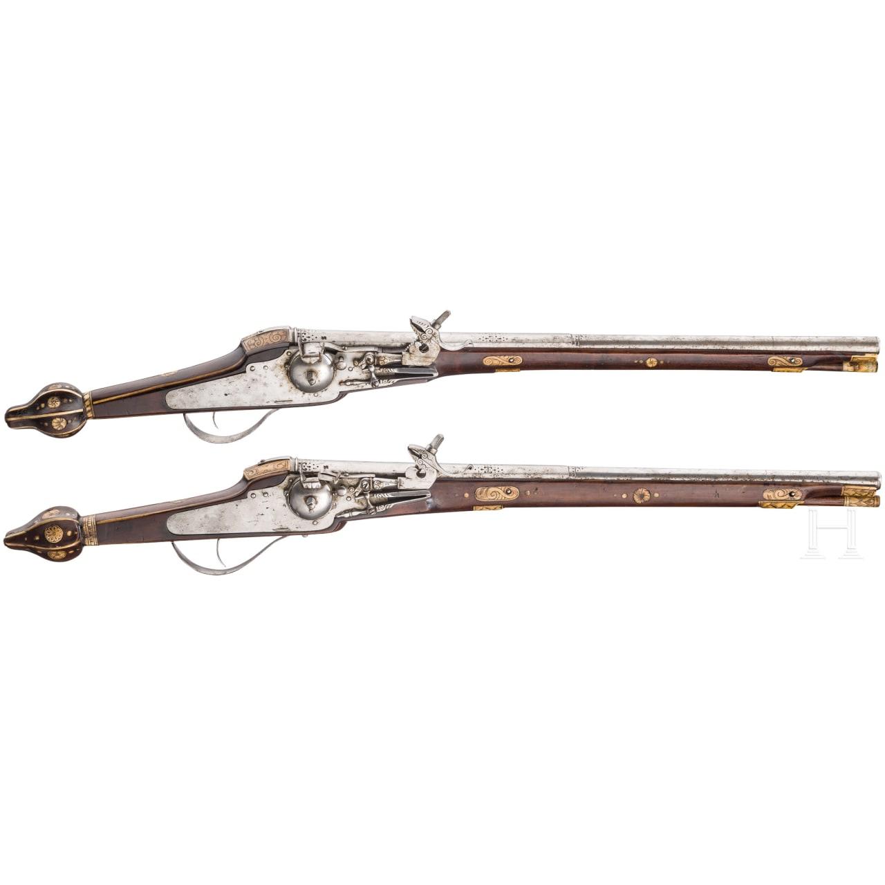 Ein Paar lange Radschlosspistolen (3. Modell) der Trabantengarde Christans II. von Sachsen, Hans Stockmann, Desden, um 1610