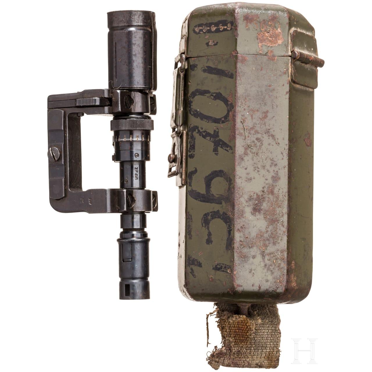 ZF41/1 mt Fernrohrhalter und Behälter