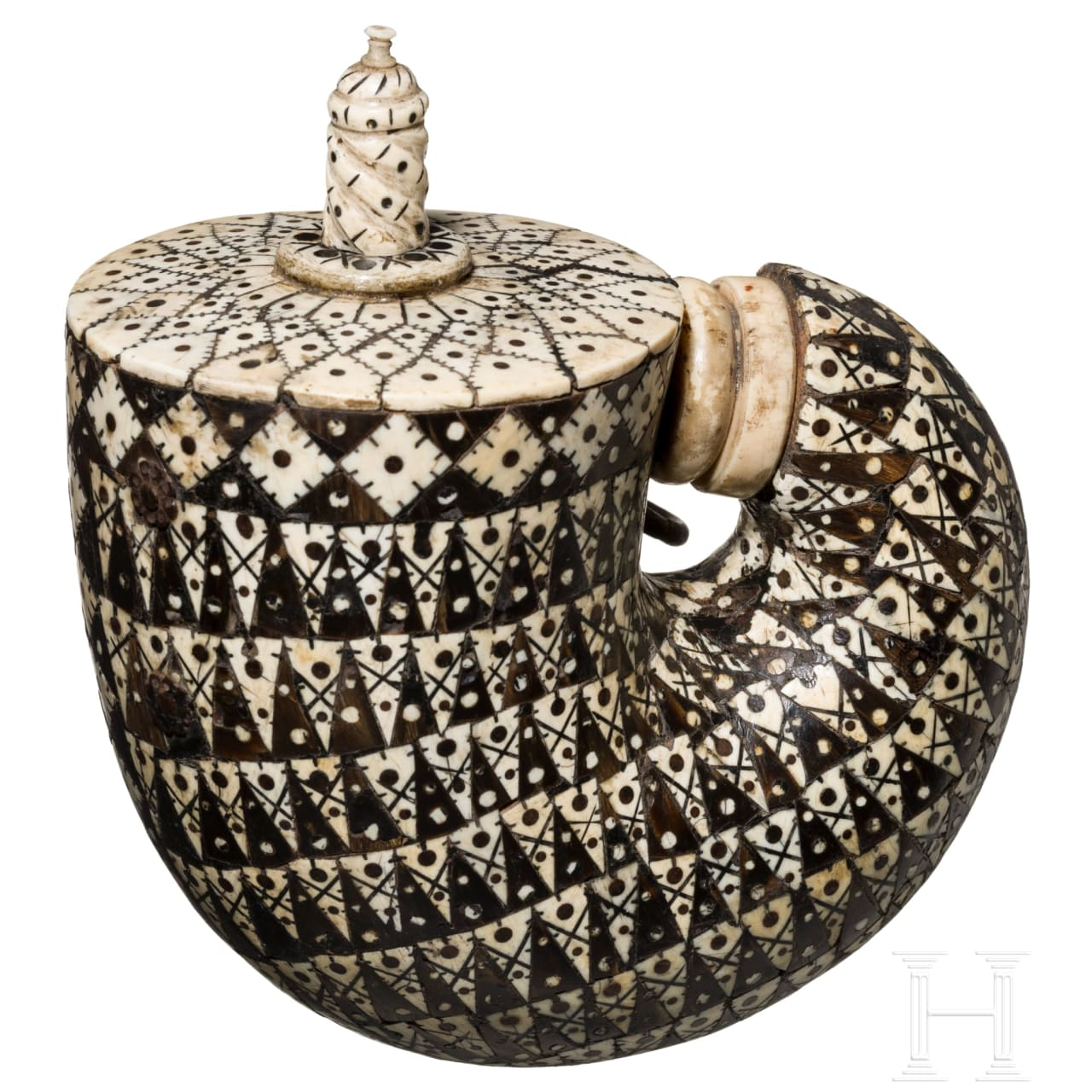 An Indian powder flask, Mogul empire, 18th century