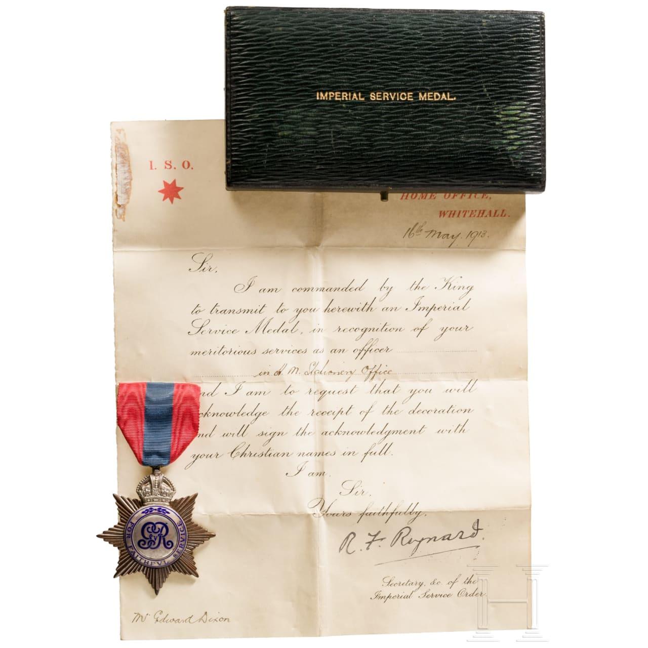 Großbritannien - Imperial Service Medal mit Urkunde, datiert 1913