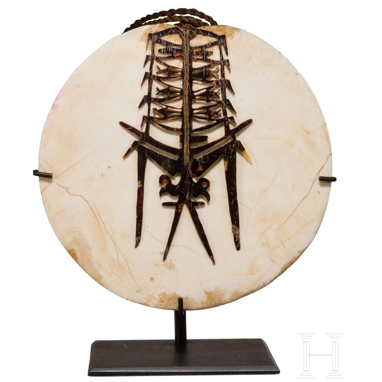 A Papua New Guinean Kap Kap pendant