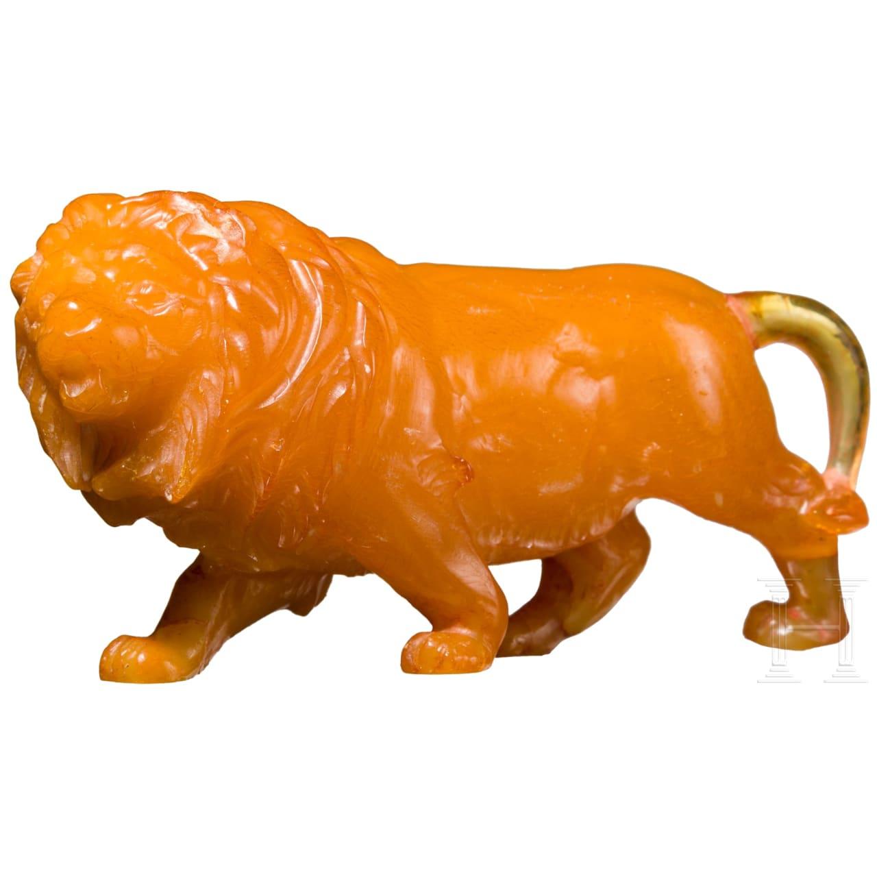 Kleine Skulptur eines Bernstein-Löwen, wohl Italien, 19. Jhdt.