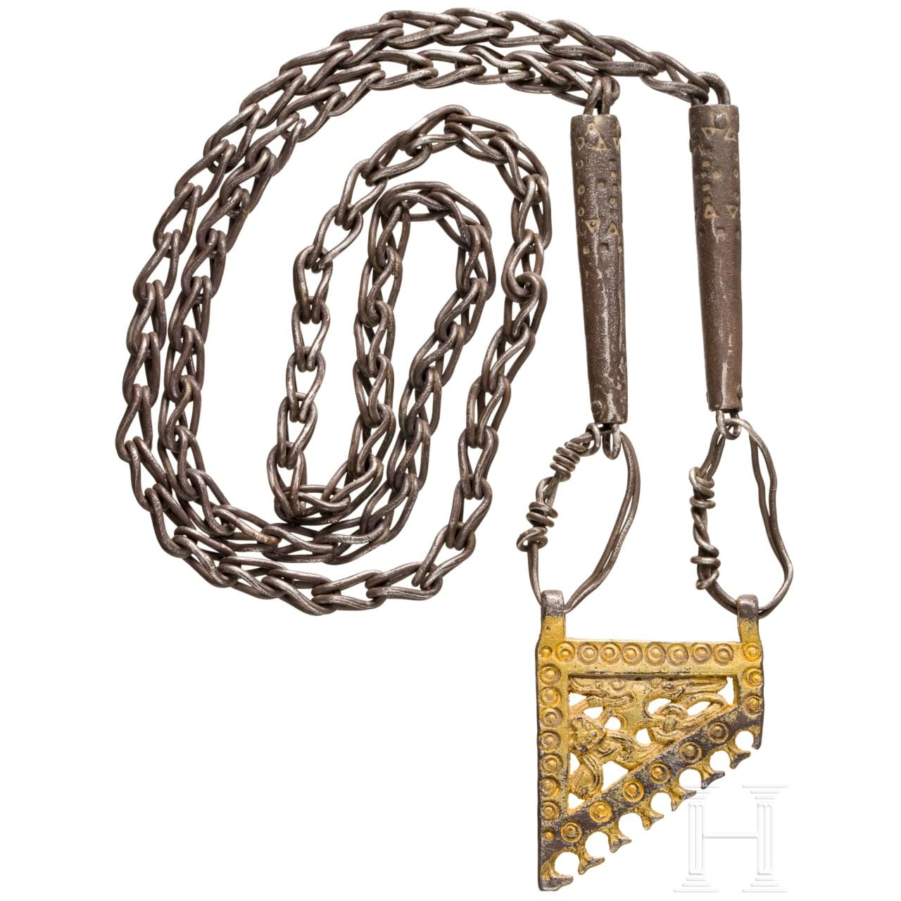 Silberkette mit vergoldetem Anhänger, wikingisch, Skandinavien, 9. – 10. Jhdt.