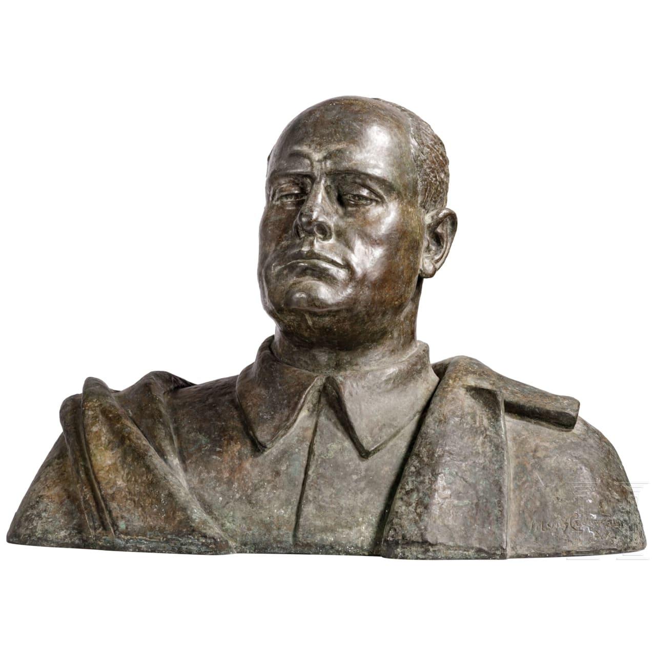 Silvio Ceccarelli (1901 - 1985) - Monumentale Portraitbüste Mussolinis als Richter, datiert 1932