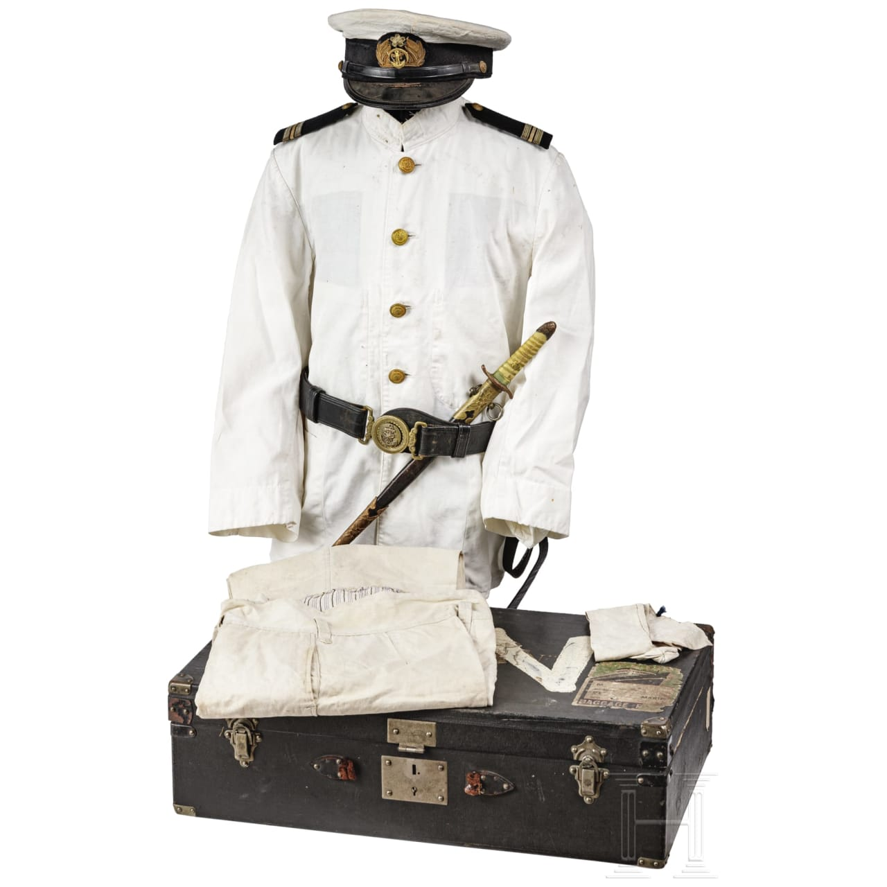 Uniformensemble eines Offiziers der japanischen Marine, Meiji-Showa-Periode