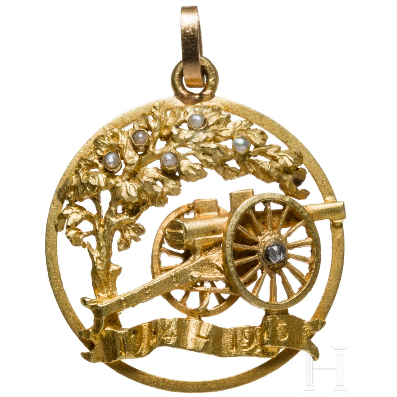 A patriotic German gold pendant, dated 1915