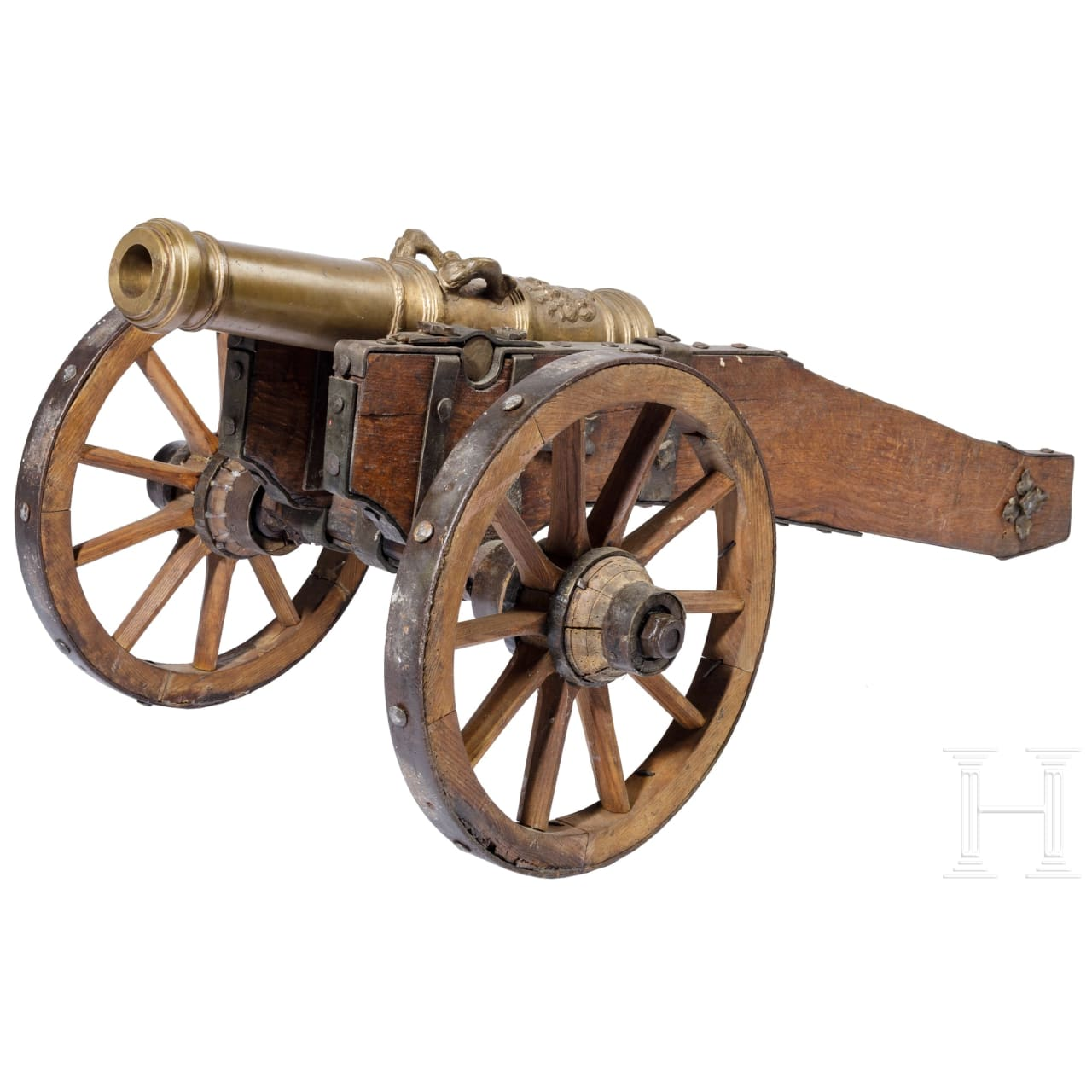 A salute cannon, reproduction in the style of the 17th century