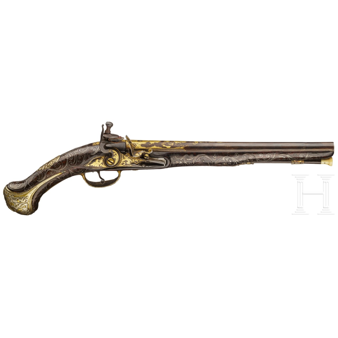 An Ottoman gold-damascened flintlock pistol (Kubur), circa 1800