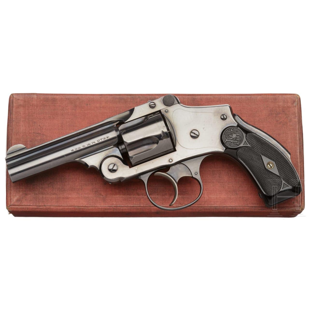 Smith & Wesson .38 Safety Hammerless 5th Model, im Karton