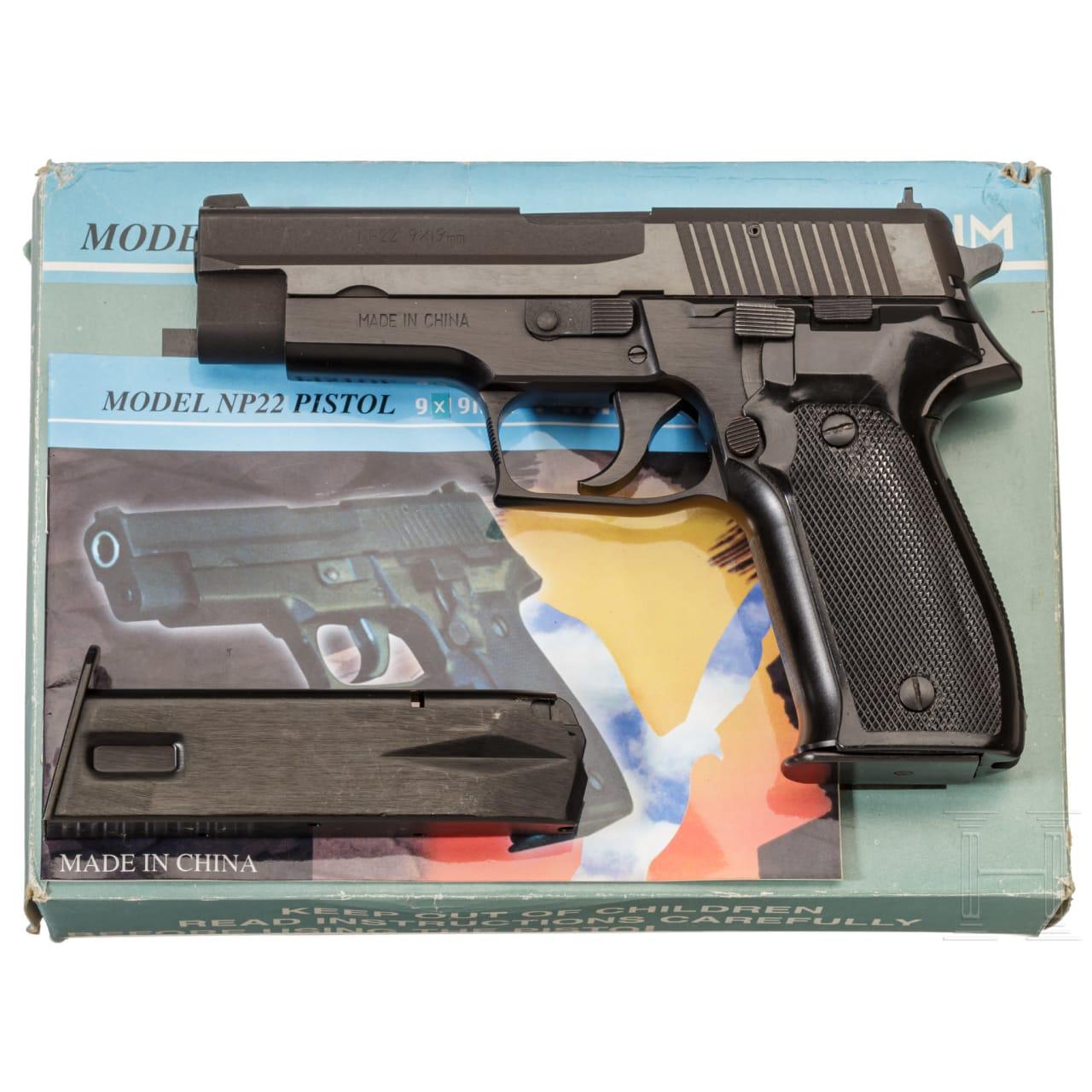 Pistole Mod. NP 22, im Karton (Sig Sauer P 226)