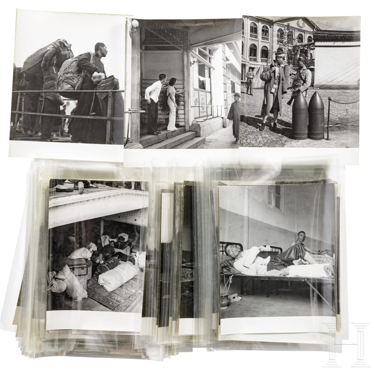 A collection of photographs by Pierre Verger of the 1937 battle of Shanghai (淞沪会战), Sino-Japanese War