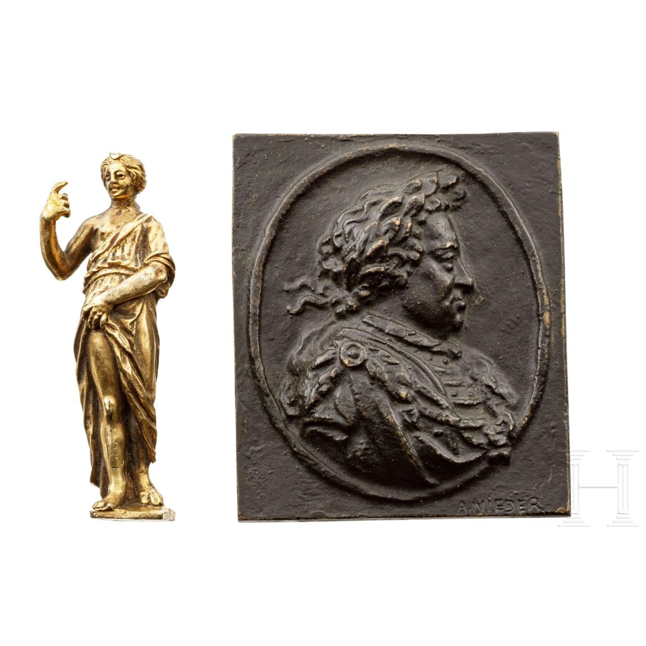 Bronzeplakette und Figur, deutsch, 17. Jhdt.