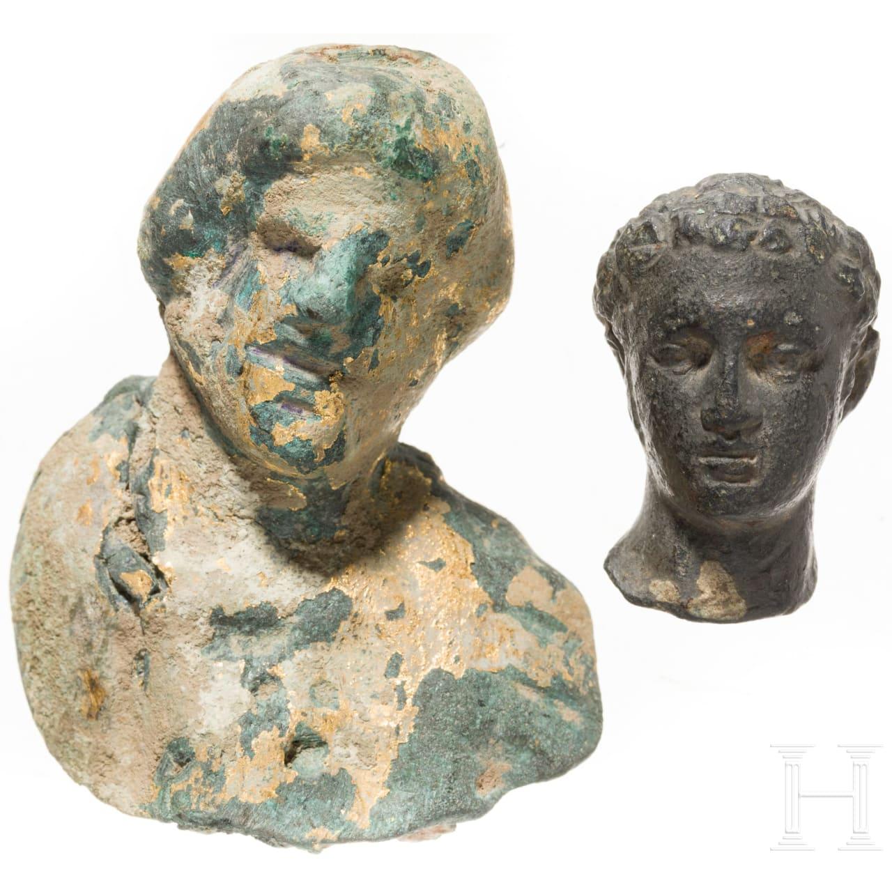 Zwei Bronzeköpfchen, römisch, 2. - 3. Jhdt.