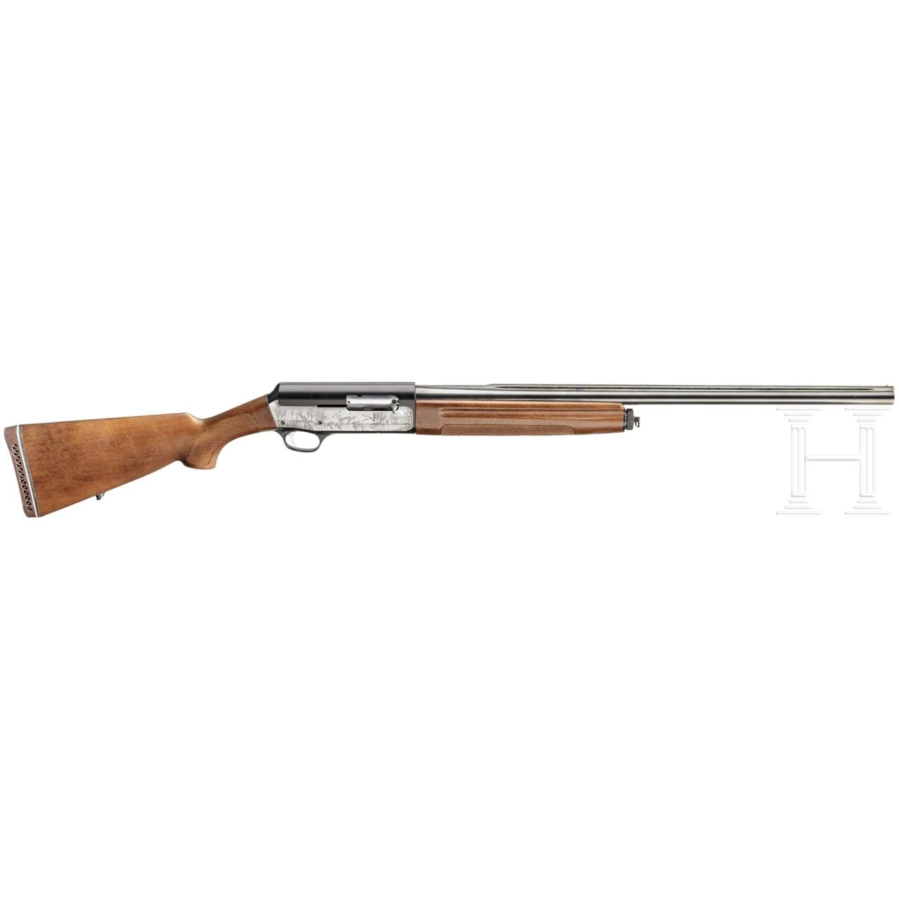 A semi-auto shotgun by Franchi, Mod. Hunter