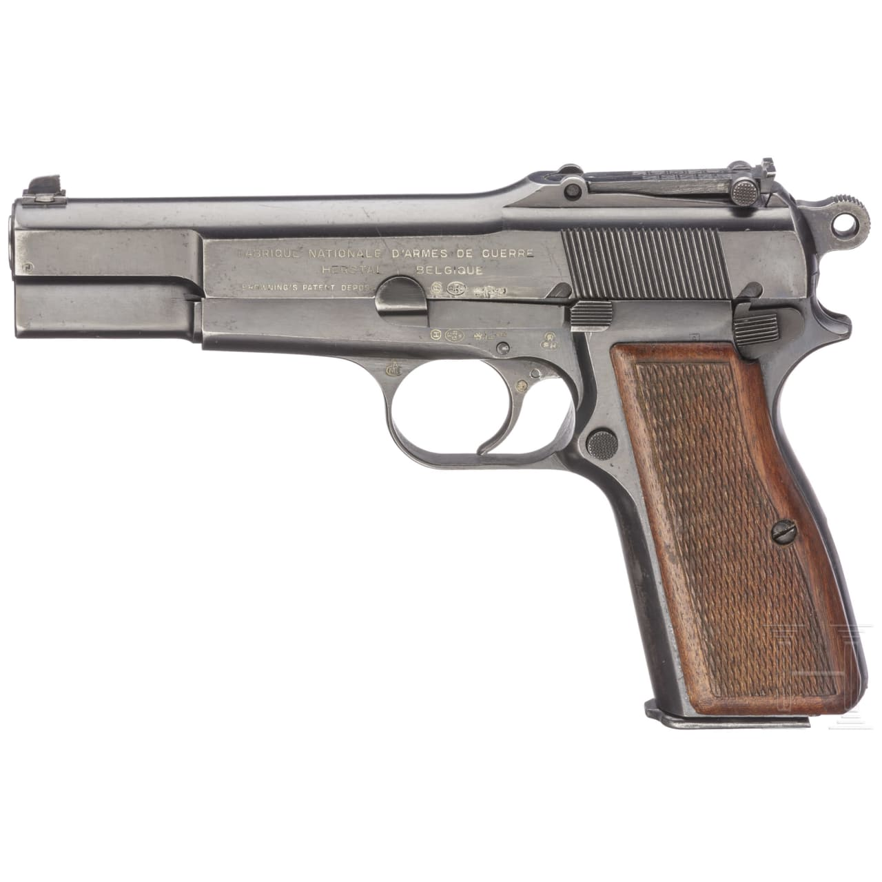 An FN GP (Grand Puissance) HP Mod. 35 with stock and reservist's sash