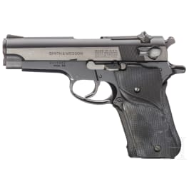 """Smith & Wesson Mod. 59, """"The 14-Shot Autoloading Pistol"""", mit Holster"""