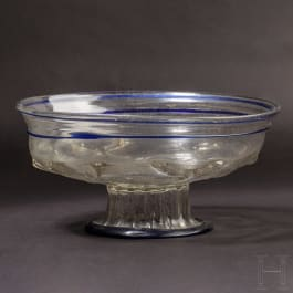 An early footed Venetian Renaissance glass bowl, 1st half of the 16th century