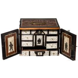 Miniaturkabinett mit Elfenbein- und Knochenpanelen, gestempelt mit dem Pinienzapfen für Augsburg, 17. Jhdt.
