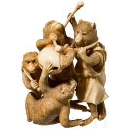 Okimono einer Gruppe Tiermusikanten, Japan, Meiji-/Taisho-Periode