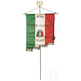 """A fascist flag of the """"Societa di mutuo soccorso Loreto e Casalesi Milano"""""""