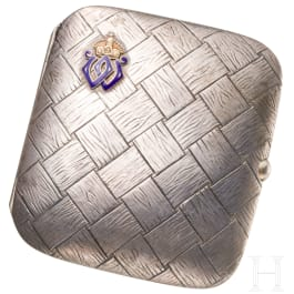 Emperor Wilhelm II - A silver gift box with dedication from 1910