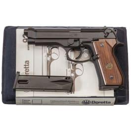 Beretta Mod. 92 F, im Koffer