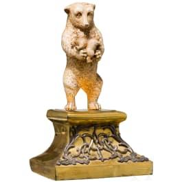 Skulptur eines Bären mit zwei Jungtieren, wohl Russland, 18./19. Jhdt.
