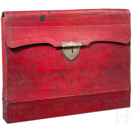 A document bag made of red leather, possibly Russia, 1st third of the 19th century