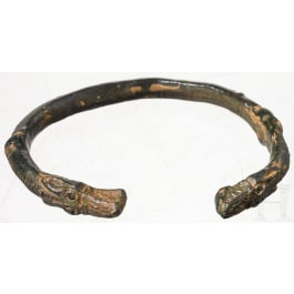 A Celtic bracelet decorted with dragon head terminals, 5th century B.C.