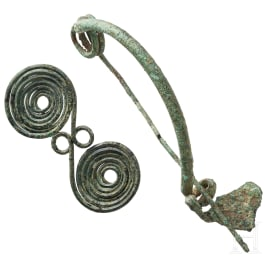 Two late Central European fibulae, Bronze Age - early Iron Age, 8th - 7th century B.C.