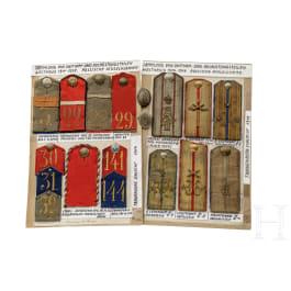Sammlung russischer Schulterstücke der an der Schlacht von Tannenberg 1914 beteiligten russischen Regimenter, um 1910