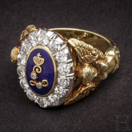 """King Ludwig II of Bavaria – a gold presentation ring with crowned name cipher """"L"""", circa 1880"""