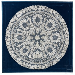 King Ludwig II of Bavaria – a round doily of finest bobbin lace for a side table, circa 1870