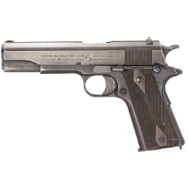 Colt Mod. 1911, with holster