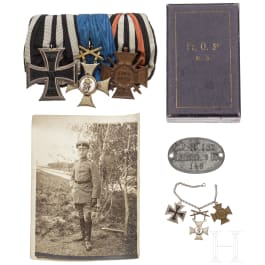 Estate Major Kissling - a 3-place medal buckle with an EK 2nd class, a Wuerttemberg-Friedrich-Order, a Knight's Cross 2nd Class with Swords, an Honour Cross of the WW and a metal ID of IR 127