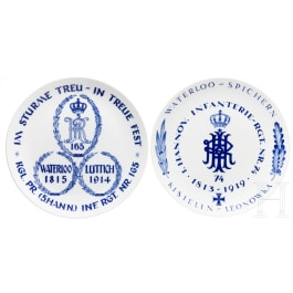Two Meissen regimental plates of the 1st Hanoverian Infantry Regiment No. 74 and 5th Hanoverian Infantry Regiment No. 165