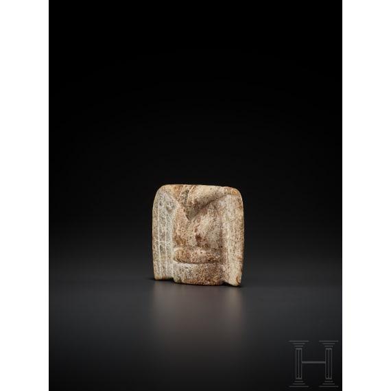 Vogelanhänger aus Jade, Nordost-China, Hongshan-Kultur, Spätneolithikum, 4700 - 2900 v. Chr.